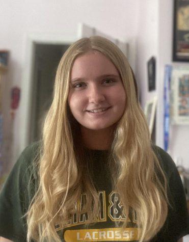 Photo of Lindsey Smith